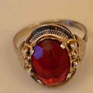 Prsten puncovaný