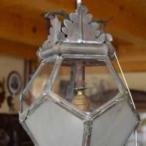 Prvorepubliková závěsná lucerna