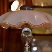 Lampička skleněná s růžovým širmem