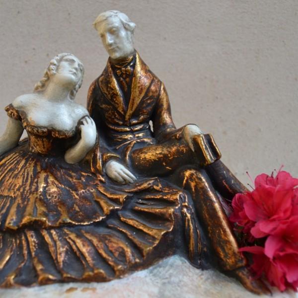 Soška zamilovaného páru, zn. BECHYNĚ