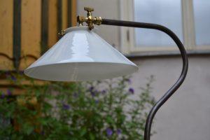 Atypická industriální vyšší lampička