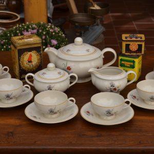 Starožitný servis na kávu nebo čaj