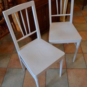 Vkusné secesní starožitné židle