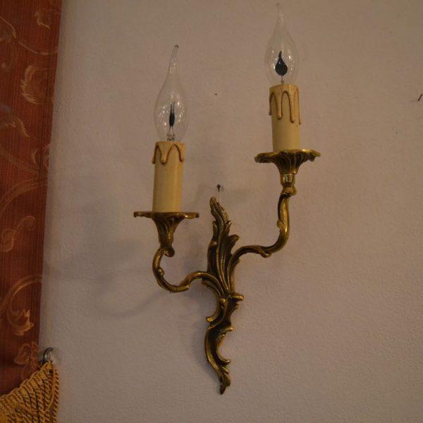 Nástěnné starožitné světlo