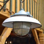 Kvalitní industriální lampa