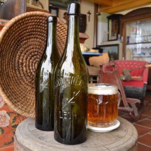 Stará pivní láhev pivovar v Ledhuji