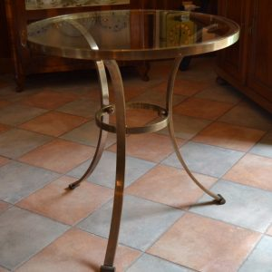 Starožitný elegantní mosazný stolek