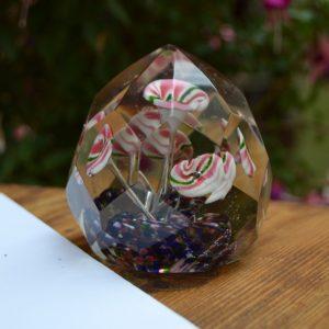 Starožitné broušené těžítko ze skla