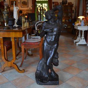 Starožitná socha - mužský akt