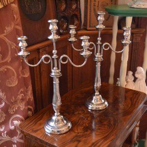Starožitné tří-ramenné svícny