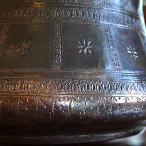 Závěsný měděný starožitný kotlík