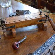 Starožitná ruční řezačka tabáku zn. W. BÍLEK
