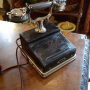 Starožitný originální prvorepublikový telefon