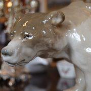 Starožitná soška ledního medvěda