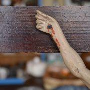 Starožitný Kristus na kříži