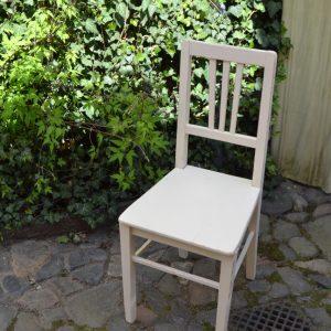 Klasická secesní starožitná židle