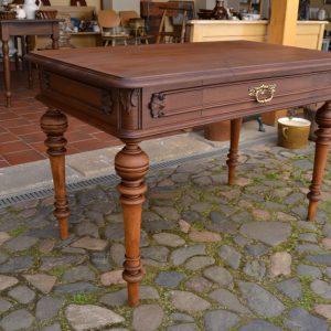 Starožitný stůl ve stylu - vídeňský barok