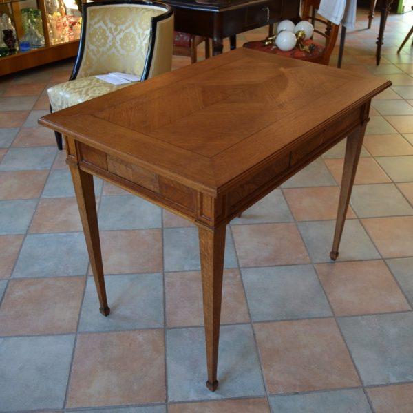 Starožitný karetní stůl