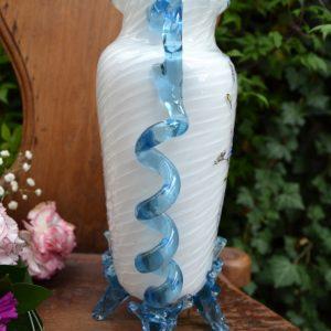 Romantická starožitná váza