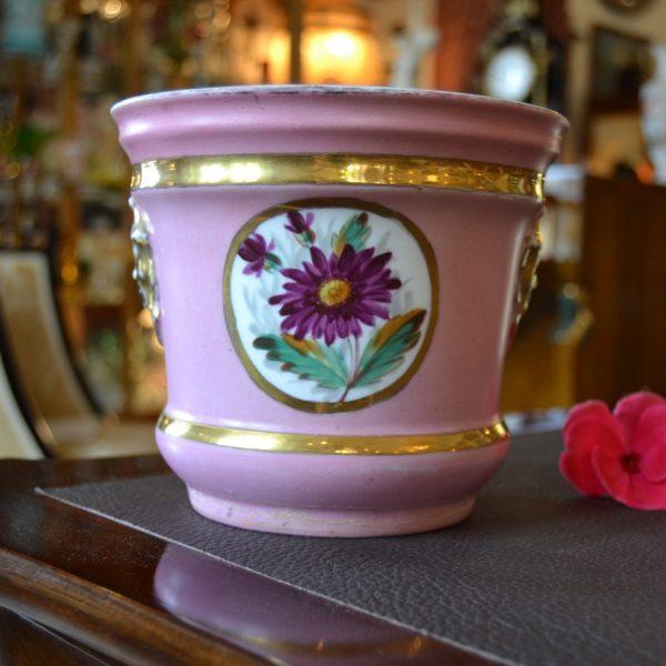 Zdobný porcelánový obal na květináč