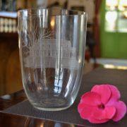 Starožitná rytá váza