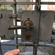 Větší středověký klíč