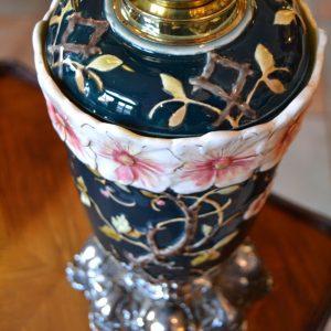 Starožitná petrolejová lampa