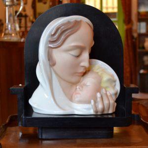 Starožitná plastika Madony s dítětem