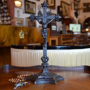 Datovaný křížek našich předků