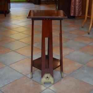 Starožitný secesní stolek